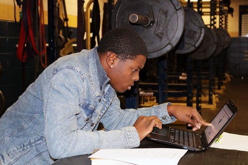 Sophomore Fredrick Diggs, 16, concentrates on his schoolwork.