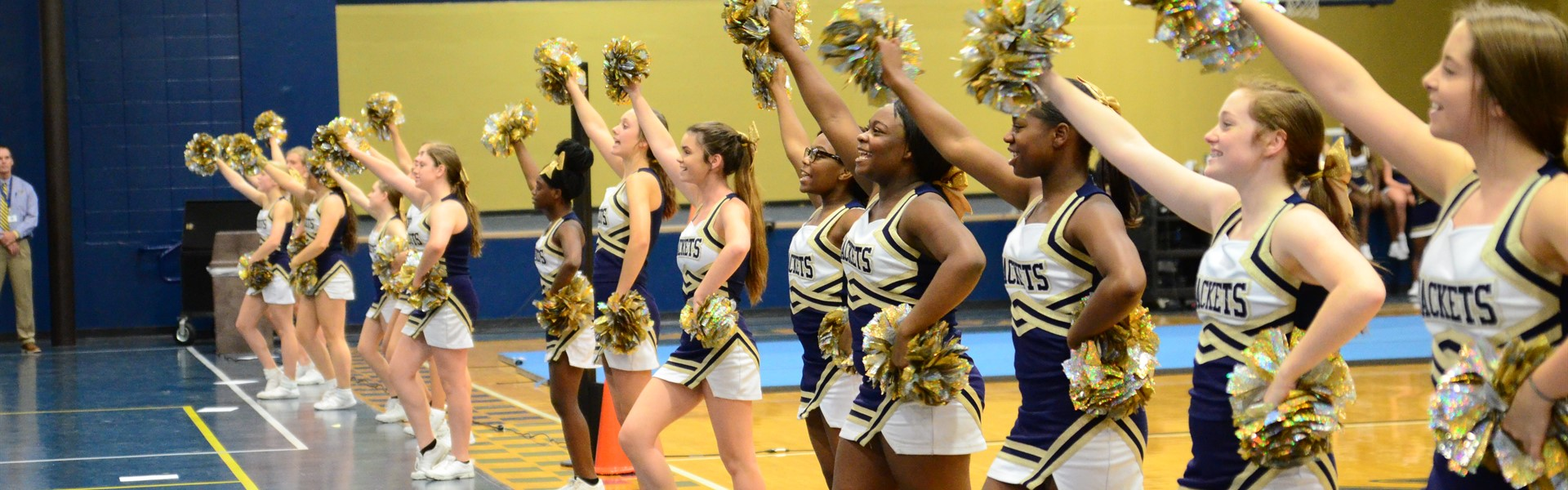 TCCHS cheerleaders